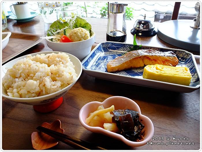 iyasaka食堂 (14).jpg