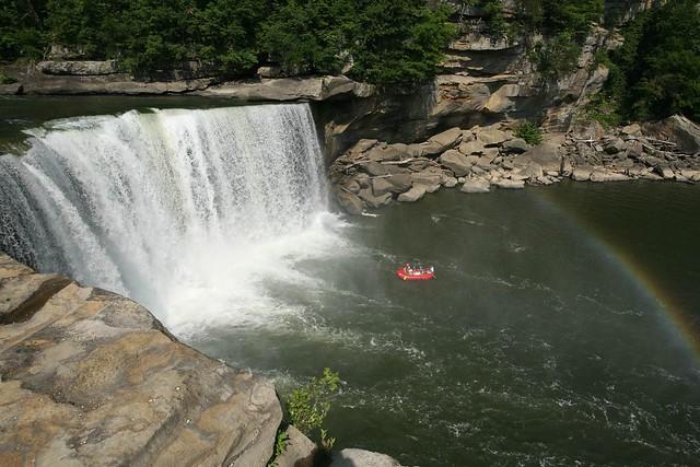 Cumberland Falls Credit www.kentuckytourism.com