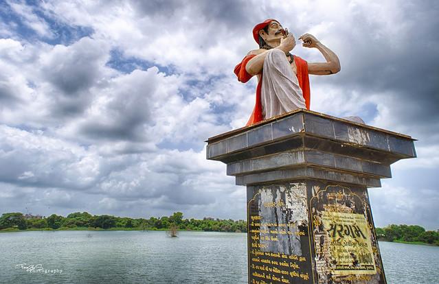 mehtaji statue junagadh
