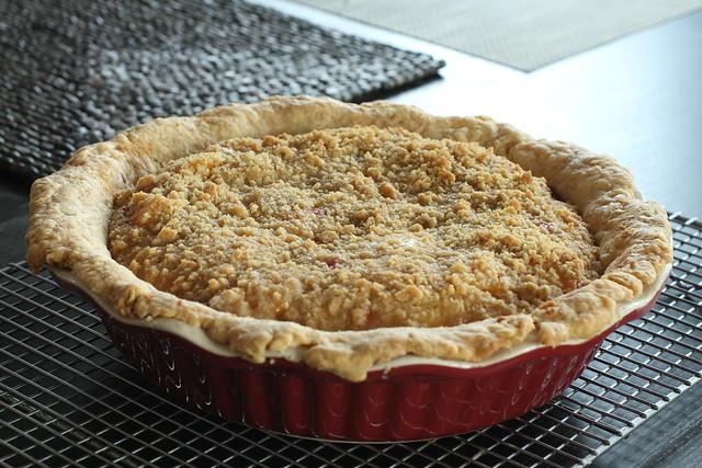 Peaches N' Cream Pie whole 2