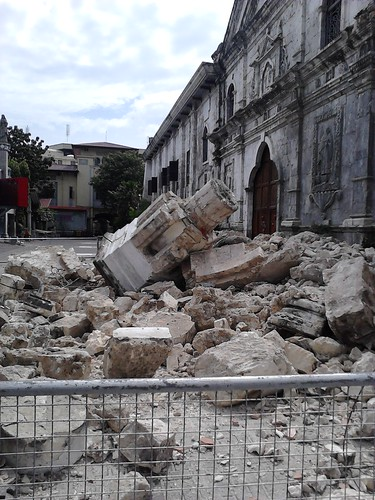 Basilica del Santo Niño damaged by the earthquake.