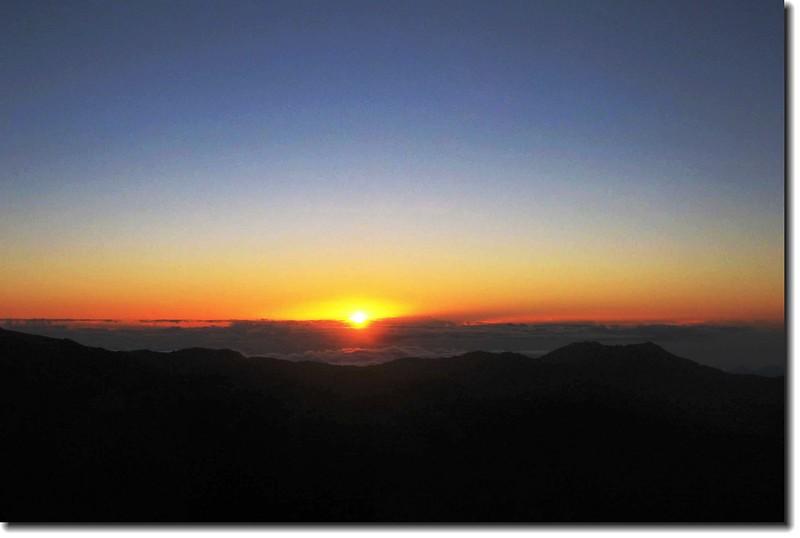 向陽日出 2