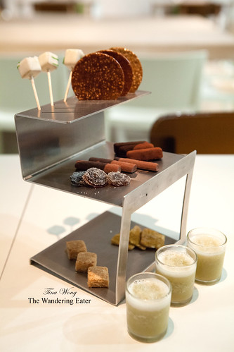 "Tower of petit fours and ""chupitos"" of green apple and laurel"