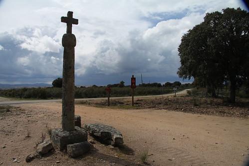 Cruz de piedra en los Arribes del Duero