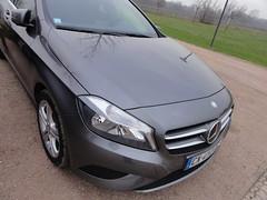automobile(1.0), automotive exterior(1.0), vehicle(1.0), mercedes-benz(1.0), mercedes-benz a-class(1.0), mid-size car(1.0), bumper(1.0), land vehicle(1.0), luxury vehicle(1.0),
