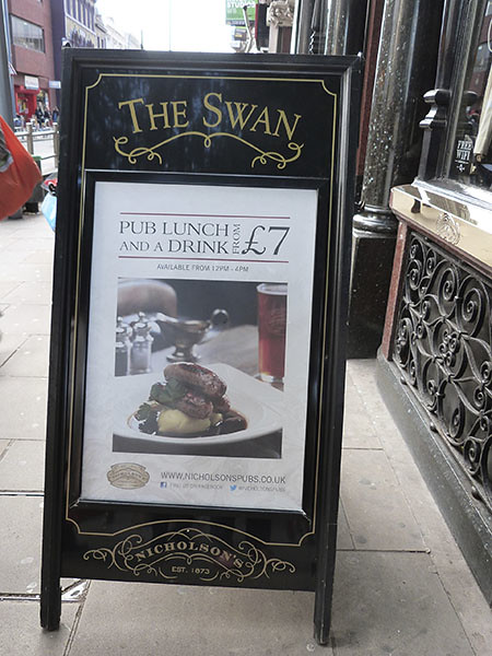 pub lunch at the Swan's