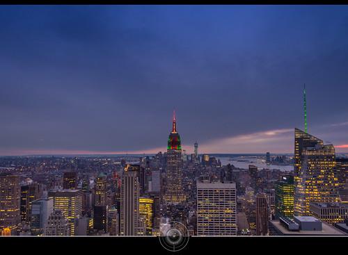 nyc sky usa newyork building night cityscape view manhattan ciel empirestatebuilding bluehour nuit vue dri topoftherock digitalblending heurebleue jean271972 jeansurprenant