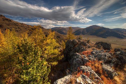 autumn mongolia mongolie mongolei arkhangai монголулс архангай terkhiintsagaanlake тэрхийнцагааннуур