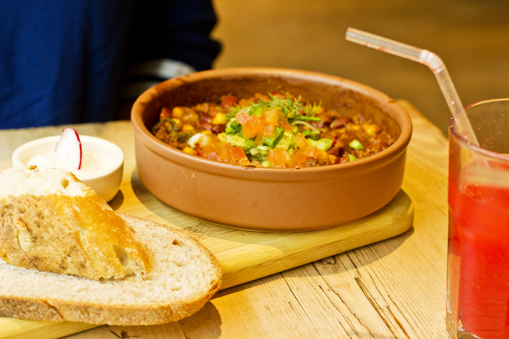 three bean chilli and bread