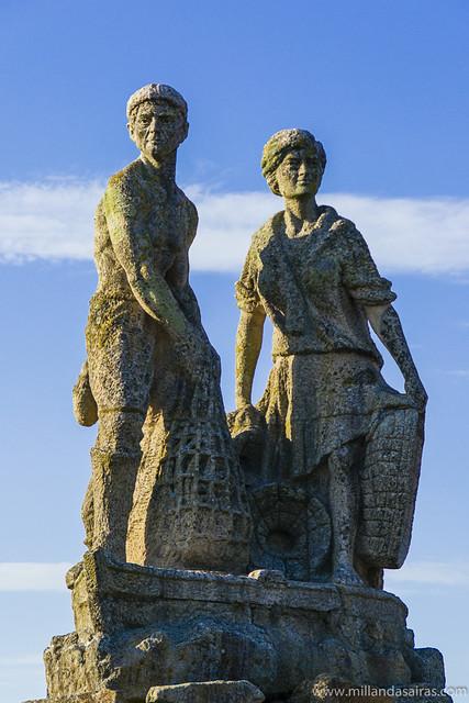 Estatua a los pescadores
