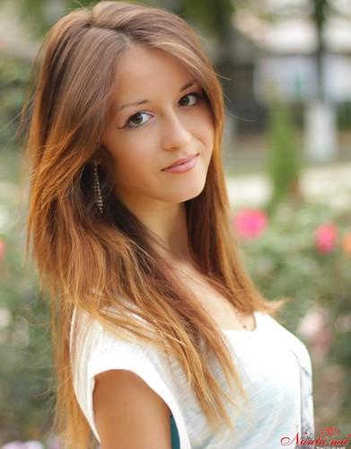 "Concursul""8 Martie"" > Cristina Lozovan"
