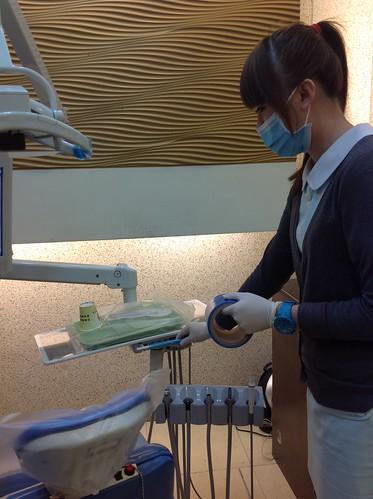 黃經理牙醫診所護士進行感染控制0578