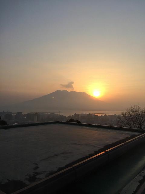 桜島と日の出20140222