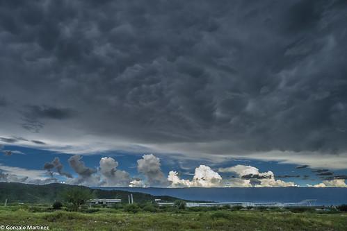 Mammatocumulus y Cumulus congestus