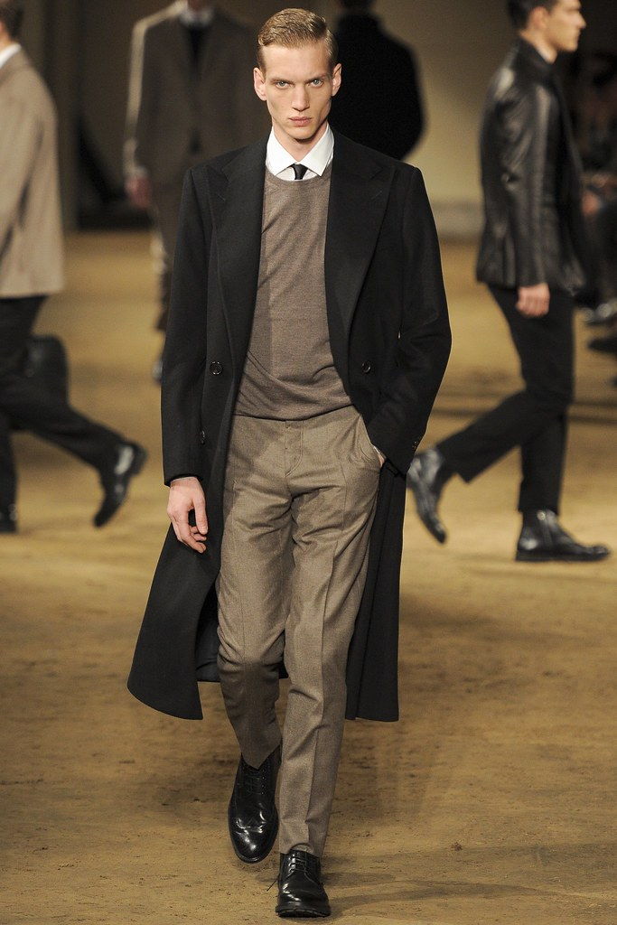 Paul Boche3545_FW14 Milan Corneliani(VOGUE)