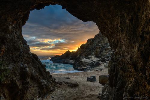 halonacove oahu hawaii sunrise