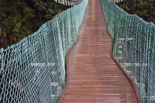 瓦拉米步道-山風吊橋