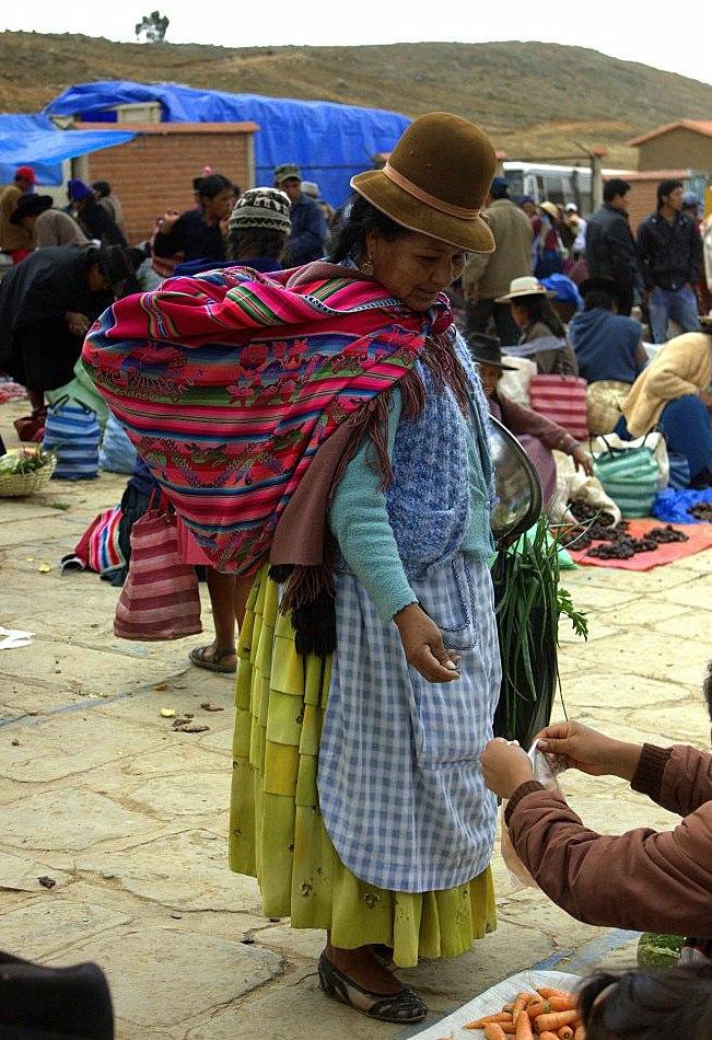 #travelbloggerindia #boliviatourism #southamerica #tarabucomarket