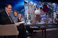 U.S. Astronauts Speak Live from Space at Chamber of Commerce Event (NHQ201703020015)