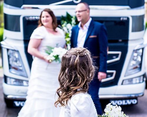 #bruiloft #blackandwhitephotography #amateurs_bnw #bnw_captures #world_bnw #bnw_life #ae_bnw #bnw_society #top_bnw #bnw_demand #superstarz_bw #bnw_planet #focalmarked  #bohobride #thatsdarling #loveauthentic #engaged #greenweddingshoes #chasinglight #boho