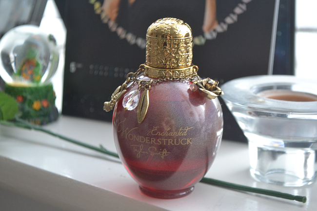Daisybutter - UK Style and Fashion Blog: taylor swift perfume, wonderstruck enchanted, celebrity fragrances 2013