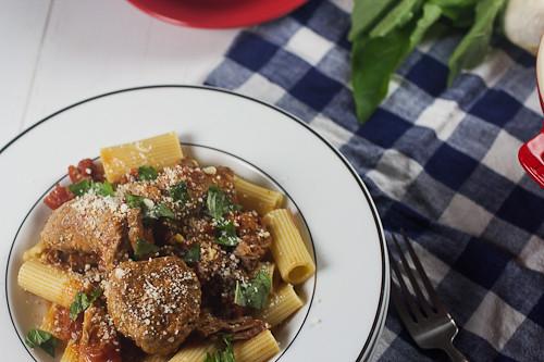 Italian Sunday Gravy #SundaySupper