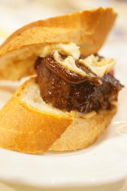 beef stew sandwich
