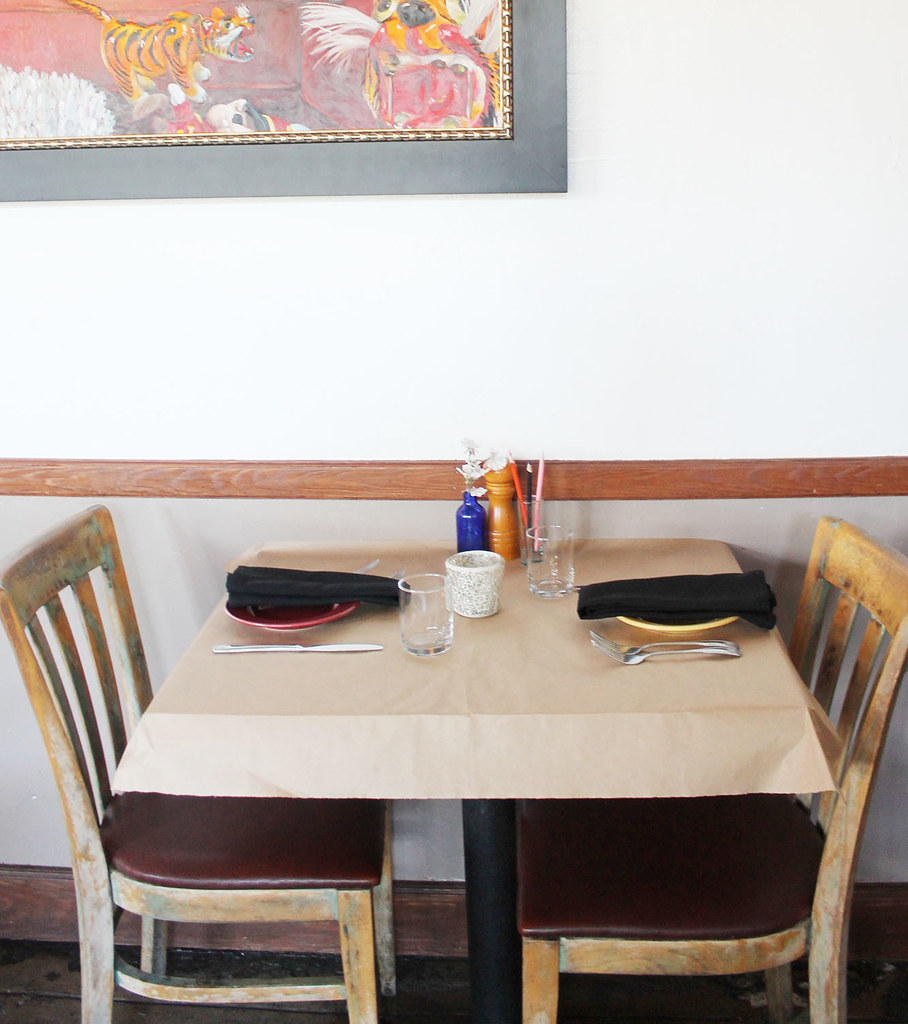 table at primitivo