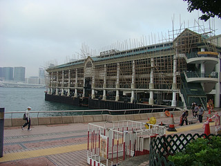 074 Pier in de bamboesteigers