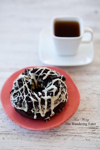 Trou de Beigne Doughnuts: Blizzard (Oreo-like flavor) doughnut