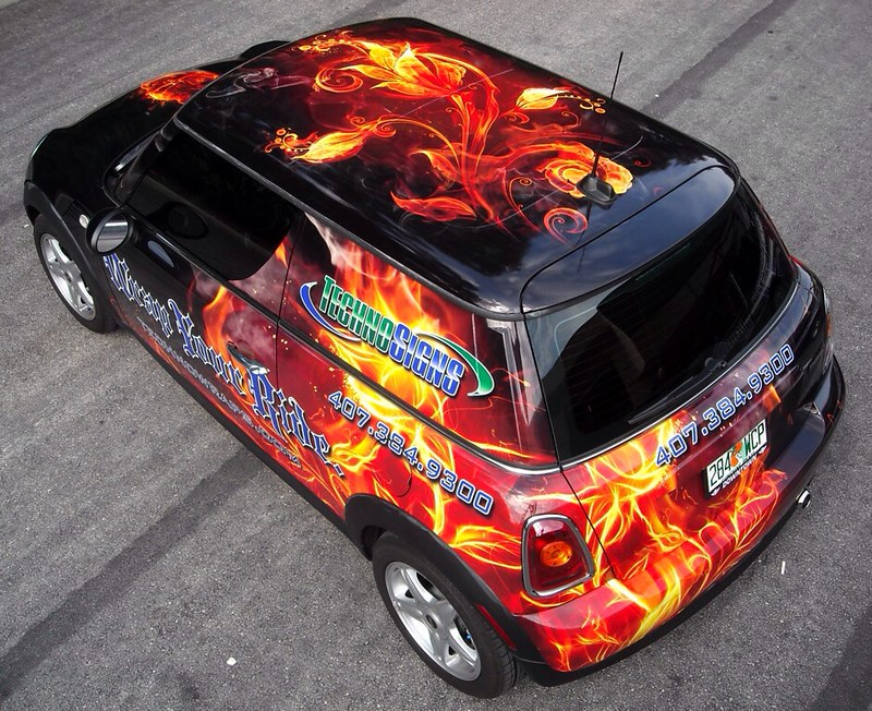 Custom MINI car wrap by TechnoSigns in Orlando, Florida