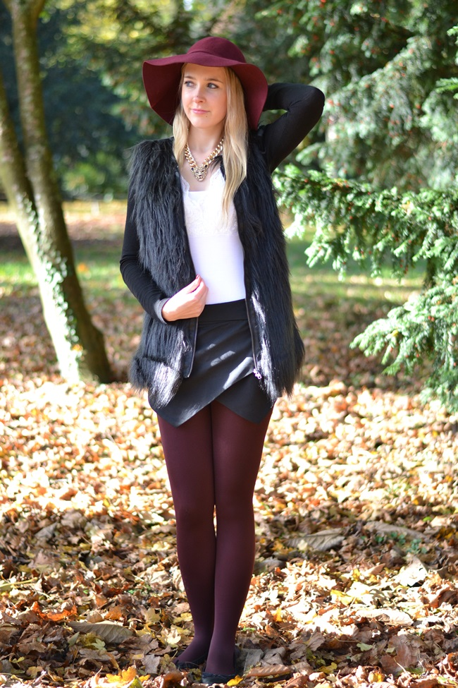 Outfit Mix and Match Der weinrote Hut (3)