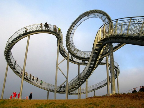 Walkable Roller Coaster. Heike Mutter and Ulrich Genth.
