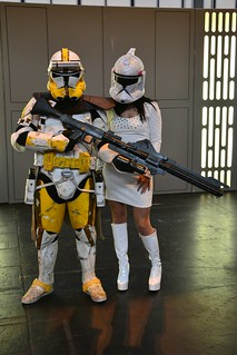 Clonetrooper & Fem-clone at Birmingham Comic-Con 2013