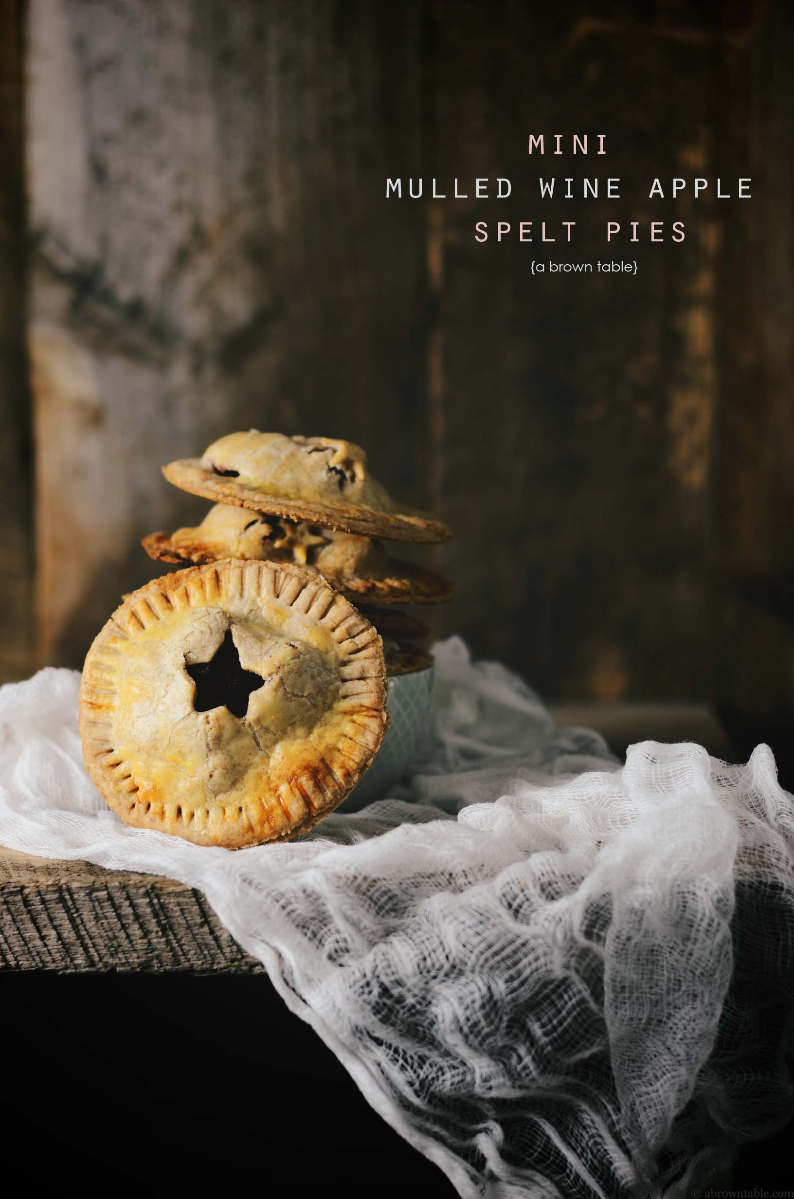 mulled wine apple pies with spelt