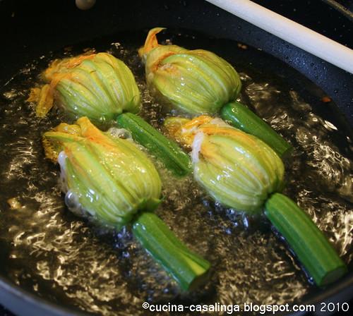 Zucchinibluete Pfanne