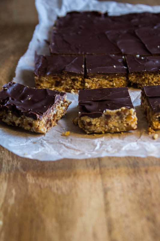 healthy pb & chocolate squares