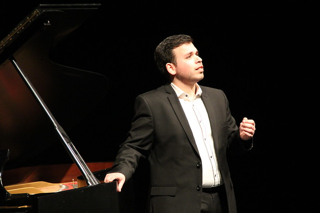 Jette Parker Young Artist Luis Gomes performing in recital © ROH / Lottie Butler 2014