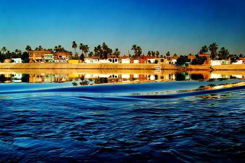 travel blue reflection river blu fiume egypt wave nile journey viaggio egitto onda riflesso nilo mygearandme