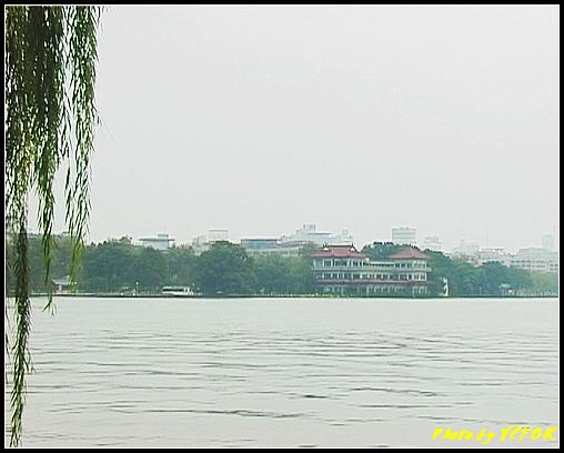 杭州 西湖 (其他景點) - 100 (從北山路的湖畔看西湖湖濱路的湖畔)