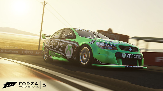 2013 Holden #10 Xbox Racing Team Commodore VF