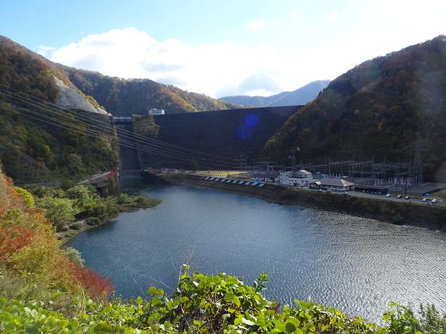 九頭竜湖 (KUZURYUKO)