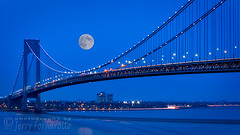 Moon over the Verrazno Bridge