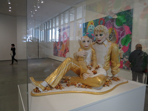 Jeff Koons: Michael Jackson and Bubbles