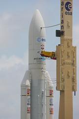 airplane(0.0), space shuttle(0.0), missile(0.0), aviation(1.0), rocket(1.0), spacecraft(1.0), vehicle(1.0),