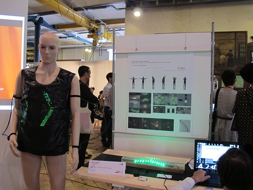 Smart Textiles Salon - Tex-Vest - Human Traffic Light (+ demonstrator) by Jaka Plešec of Berlin Weißensee School of Art (KHB)