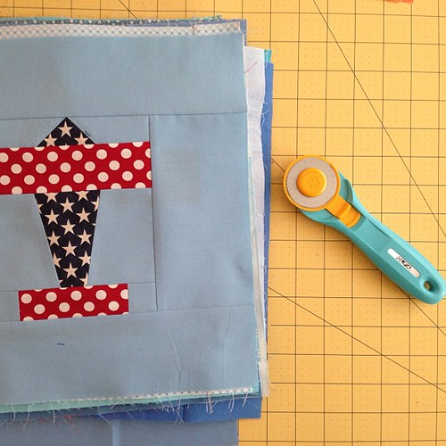 20 airplane blocks pressed and ready to be trimmed (with my new Olfa splash!) I will finish my #Alyof goal this month!