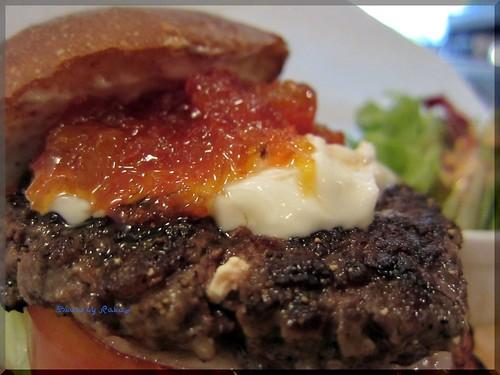 Photo:2012-06-10_ハンバーガーログブック_【広尾】BurgerManiaHiroo 昼ビーからのマンスリー-04 By:logtaka