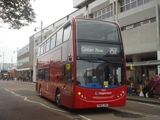 Stagecoach 10165 on Route 252, Romford
