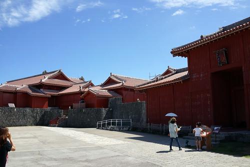 首里城への門